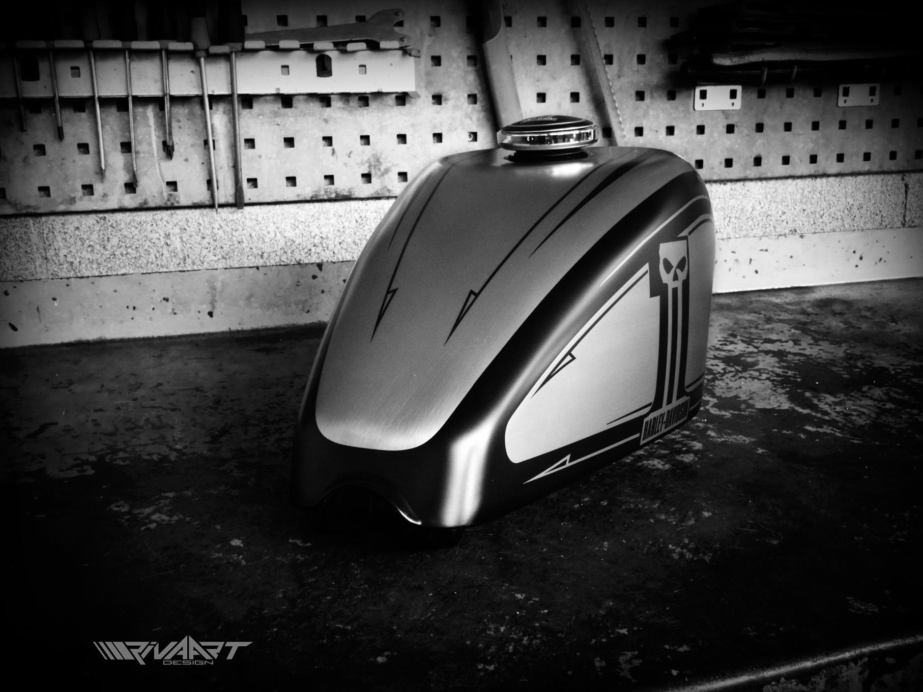 Sporster Dark Custom