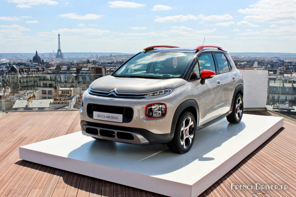 photo-citroen-c3-aircross-reveal-paris-2017-1-001-960x640