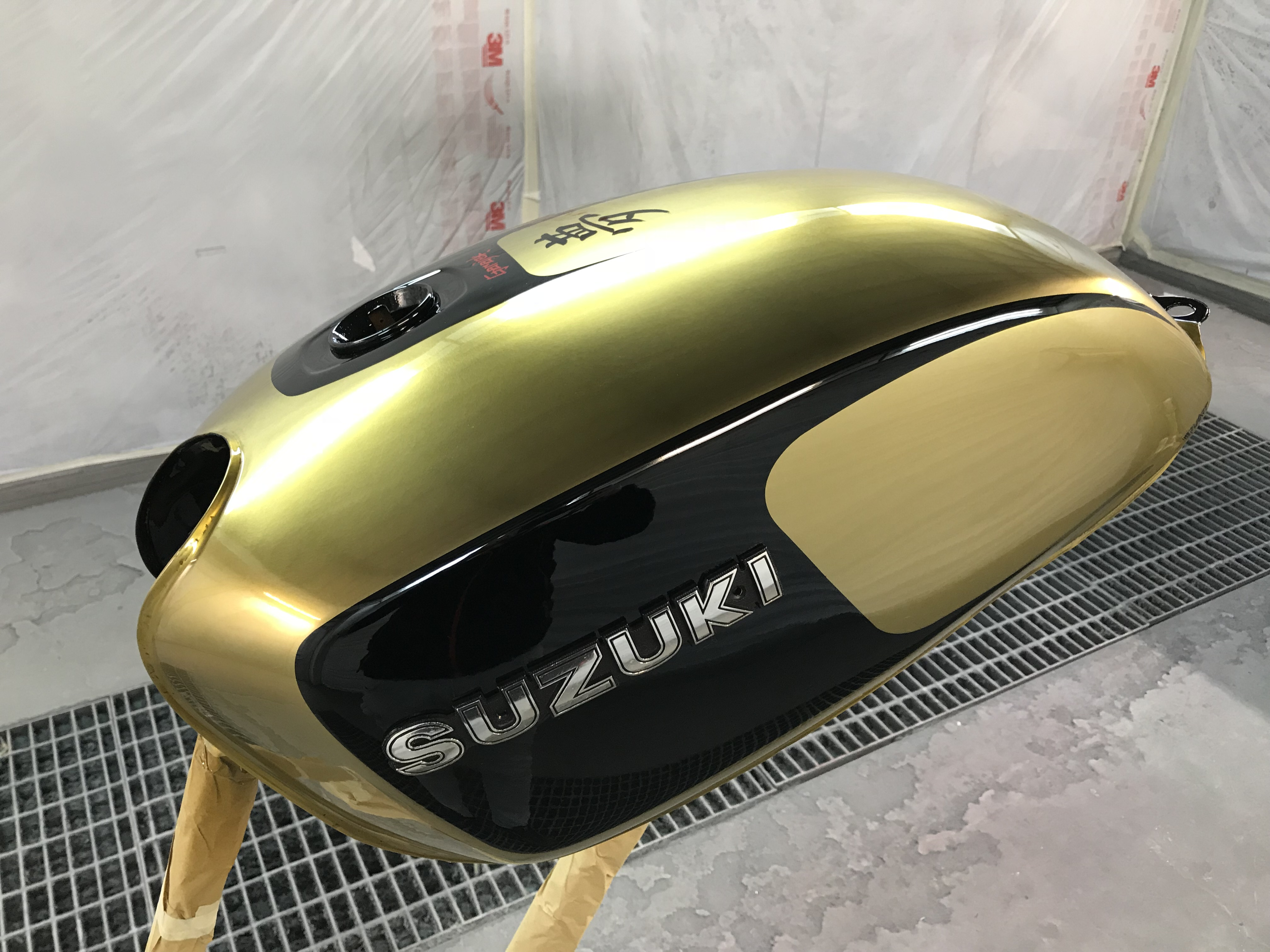 Suzuki Cafè Racer by GARAJEK